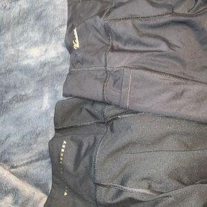 2 pairs of victoria secret leggings